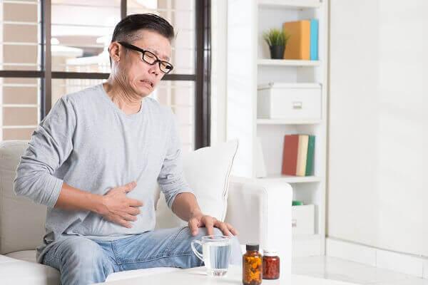 Bệnh đau dạ dày còn được biết đến với tên gọi là bệnh đau bao tử.