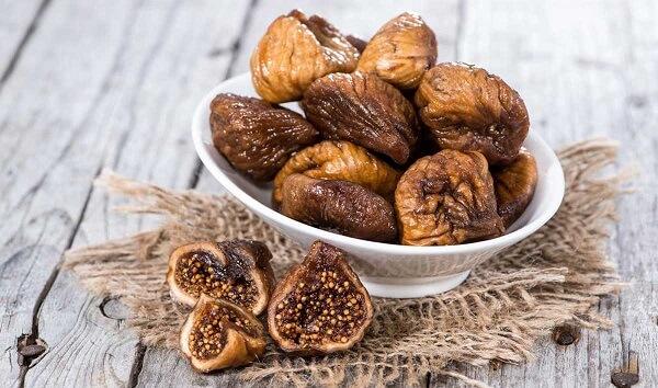 Cách chữa đau dạ dày bằng quả sung khô