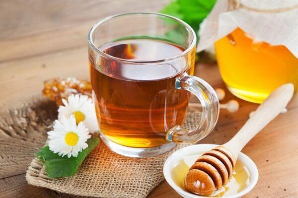 Mẹo chữa đau dạ dày tức thời với nước gừng, chanh và mật ong