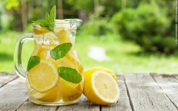 Cách chữa đau dạ dày tại nhà nhanh nhất bằng nước chanh