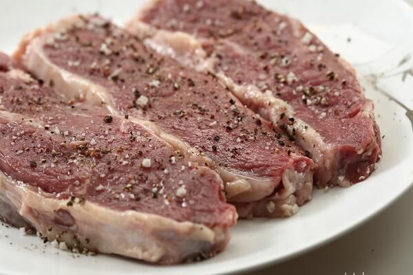 Tẩm ướp thịt bò