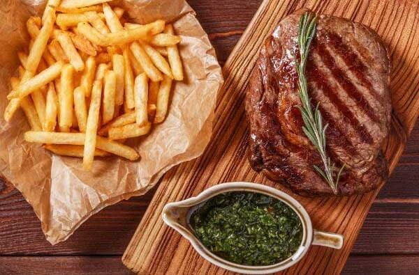 Trình bày và thưởng thức - Cách làm bò bít tết bằng chảo chống dính ngon như nhà hàng