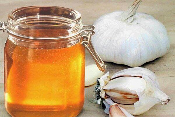 Nguyên liệu làm tỏi ngâm mật ong - Tỏi ngâm mật ong có tác dụng chữa bệnh gì, để được bao lâu?
