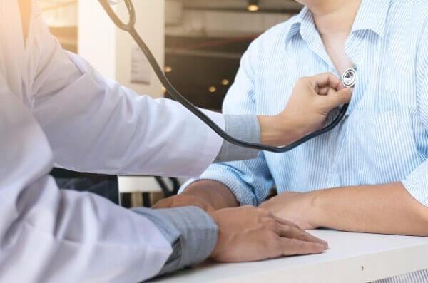 Đau bụng quặn từng cơn kèm tiêu chảy là bệnh gì?