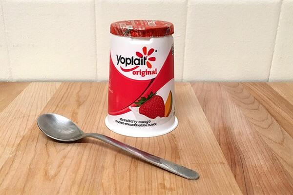 Vậy, người bị đau dạ dày có nên ăn sữa chua không?