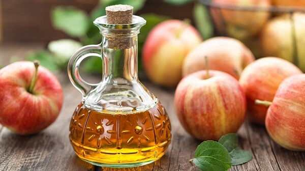 Nên uống giấm táo - Đau dạ dày nên uống nước gì tốt