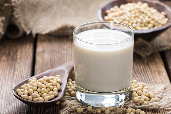 Đau dạ dày nên uống sữa thực vật - Đau dạ dày nên uống nước gì tốt