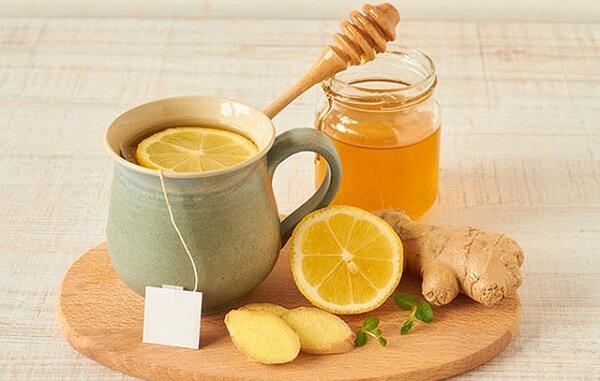 Cách khắc phục bệnh đau dạ dày ở trẻ em bằng mật ong và gừng