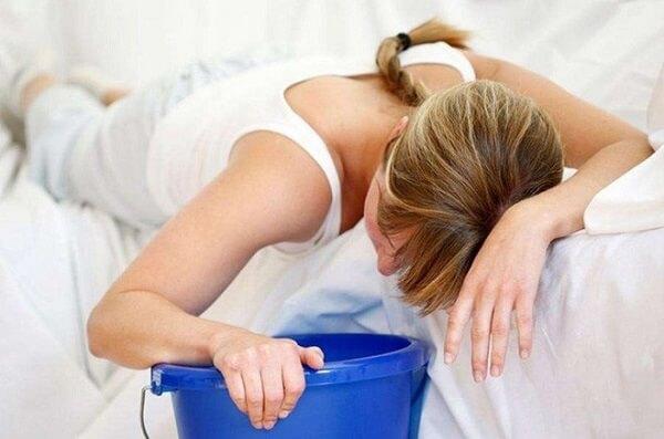 Thường xuyên nôn và buồn nôn là mộtdấu hiệu ung thư dạ dày giai đoạn cuối