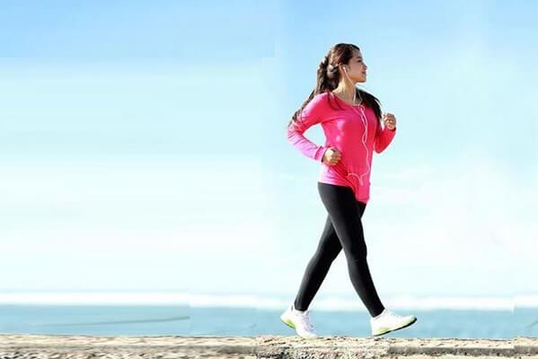 Giữ lối sống lành mạnh - Cách chữa đau dạ dày, trào ngược dạ dày bằng lá trầu không