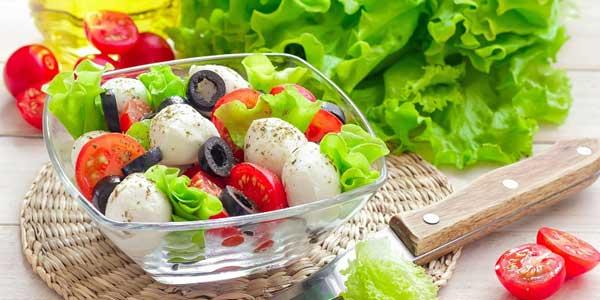 Các loại rau xanh - Ung thư dạ dày nên ăn gì, kiêng gì. Giai đoạn cuối nên ăn gì