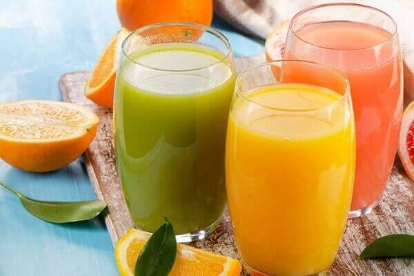 Ăn sáng bằng thức ăn lỏng - Bệnh đau dạ dày nên ăn gì tốt, đau bao tử kiêng ăn thực phẩm nào