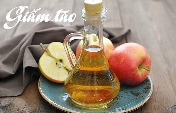Chữa đau dạ dày tại nhà bằng giấm táo