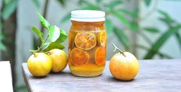 Các mẹo trị ho cho bé, trị Casckhan, ho có đờm cho trẻ sơ sinh dưới 1 tuổi bằng chanh đào mật ong