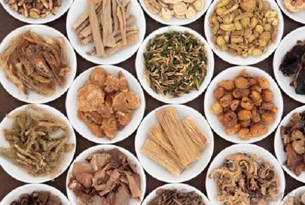Sắc mộc hương trị mụn có hiệu quả không?