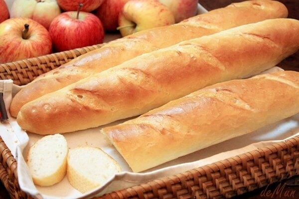 Bánh mì rất dễ tiêu hóa - Bị bệnh đau dạ dày có nên ăn bánh mì không?