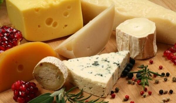 Người bị bệnh đau dạ dày nên kiêng ăn thực phẩm giàu chất béo