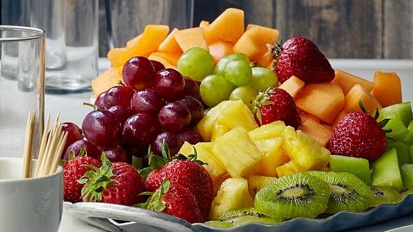 Rất nhiều câu hỏi về việc đau dạ dày nên ăn hoa quả gì và kiêng ăn trái cây nào?