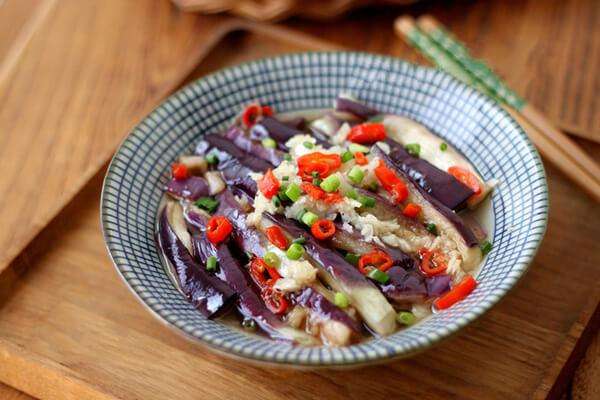 Có nên ăn nộm cà tím tỏi - Hoa quả cho người đau dạ dày