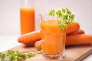 Uống nước ép cà rốt mỗi ngày có tốt không?