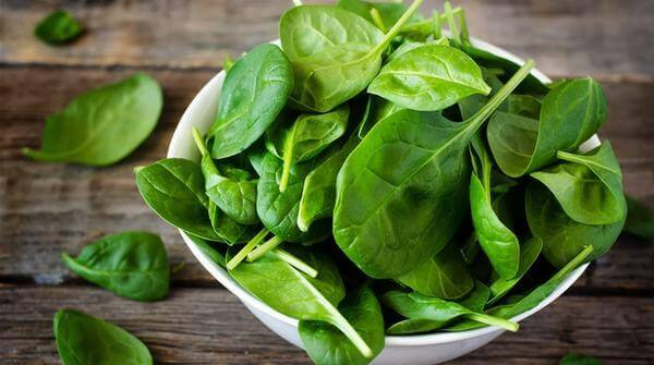 Rau chân vịt - Ung thư dạ dày nên ăn gì, kiêng gì. Giai đoạn cuối nên ăn gì