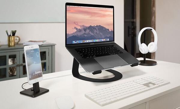 Không ngồi liên tục quá lâu, nhất là ngồi máy tính