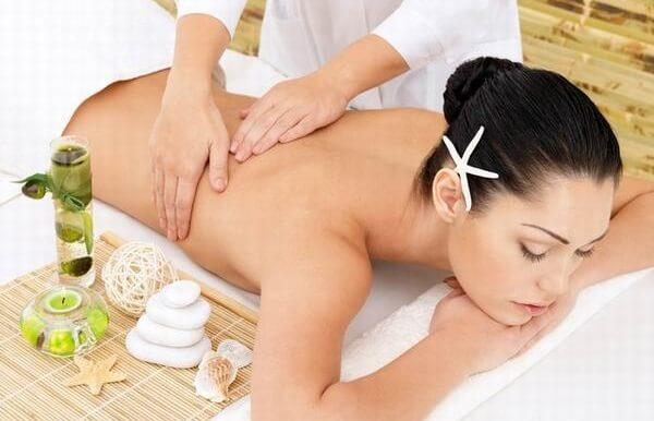 Tác dụng của dầu dừa với phụ nữ sau sinh, tác dụng của dầu dừa với môi, tác dụng của dầu dừa trong làm đẹp