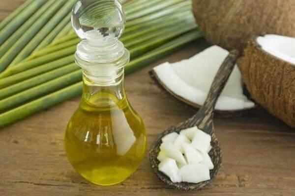 Tác dụng của dầu dừa với lông mi, dùng dầu dừa dưỡng mi có tốt ko