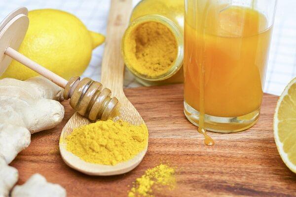 Mặt nạ bột nghệ, kết hợp mật ong nguyên chất