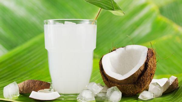Lợi ích, tác dụng của nước dừa tươi, dừa xiêm, dừa già với sức khỏe