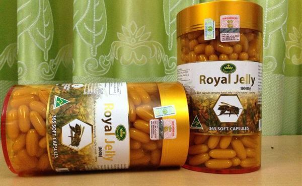 Sữa ong chúa Royal Jelly của Úc thường có màu vàng được phái đẹp ưa chuộng dùng để làm đẹp từ lâu. Trong sữa ong chúa Úc chứa rất nhiều chất dinh dưỡng, có tác dụng tăng cường sức khỏe, cải thiện chức năng sinh lý và làm đẹp da.