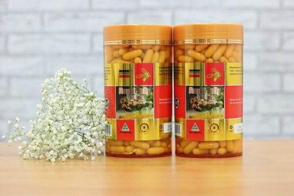 Với chất lượng tuyệt vời, sữa ong chúa của Úc được xuất khẩu sang rất nhiều nước trên thế giới, trong đó có Việt Nam. Với công dụng tuyệt với trong việc làm đẹp da, chống lão hóa, tăng cường sức khỏe sinh lý…hiện tại có khoảng gần 20 thương hiệu sữa ong chúa của Úc được nhập về Việt Nam.