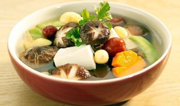 Thịt nạc hầm nấm - Thực đơn cho người đau dạ dày, thuc an danh cho nguoi dau da day