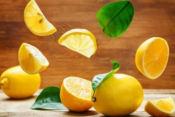 Chữa bệnh đau dạ dày nhẹ với nước chanh - 4 triệu chứng đau dạ dày nhẹ