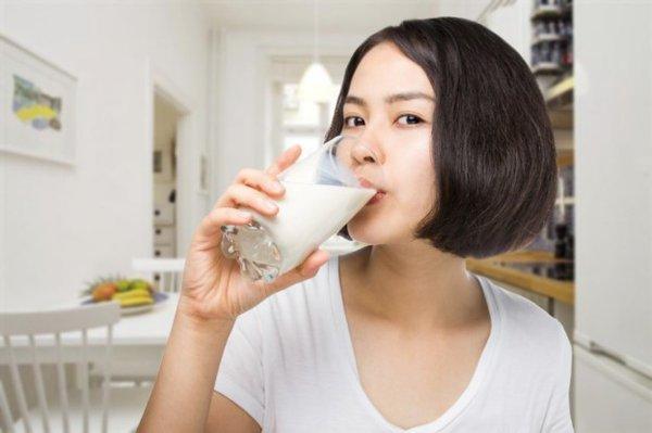 Uống sữa lúc nào là tốt nhất trong ngày? 1