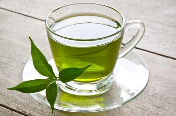 Bà bầu uống trà xanh mỗi ngày có tốt không, tác dụng thế nào?