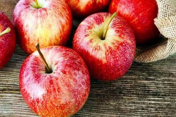 Táo - Bệnh đau dạ dày nên ăn gì tốt, đau bao tử kiêng ăn thực phẩm nào