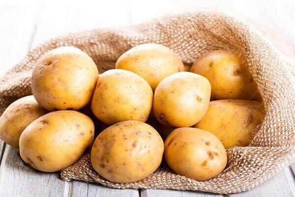 Khoai tây - Bệnh đau dạ dày nên ăn gì tốt, đau bao tử kiêng ăn thực phẩm nào