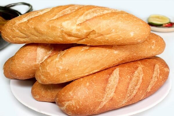 Bị viêm loét dạ dày nên ăn bánh mì