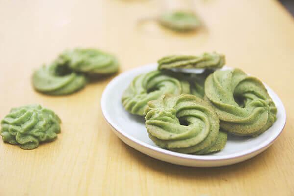 Bánh quy trà xanh - món ngon đãi tiệc dễ làm