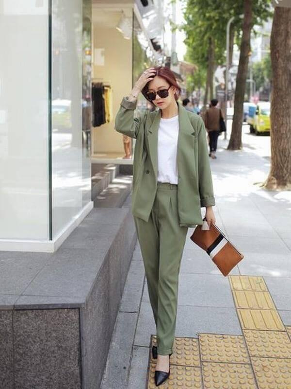 Áo xanh rêu mix cùng quần xanh rêu – Cách phối đồ màu xanh rêu kết hợp với màu nào thì đẹp