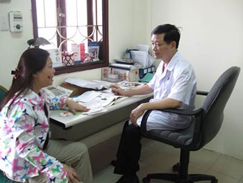 Bác sĩ Phạm Hồng Lãnh -bệnh viện Da liễu Trung ương