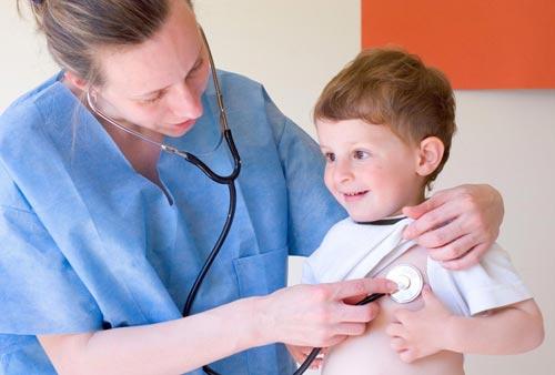 Chuẩn đoán bệnh viêm phổi do vi khuẩn ở trẻ em và cách điều trị