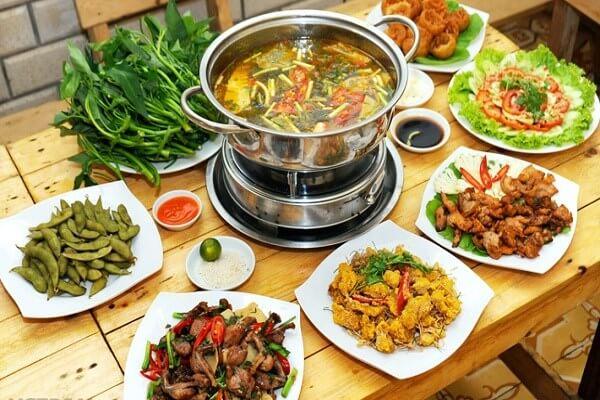 Có rất nhiều những món lẩu với hương vị khác nhau – Các loại rau ăn lẩu thái, lẩu cá, lẩu bò ăn với rau gì