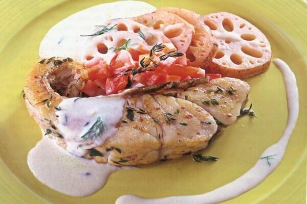 Cá chẽm đút lò xốt trắng - món ngon từ cá chẽm