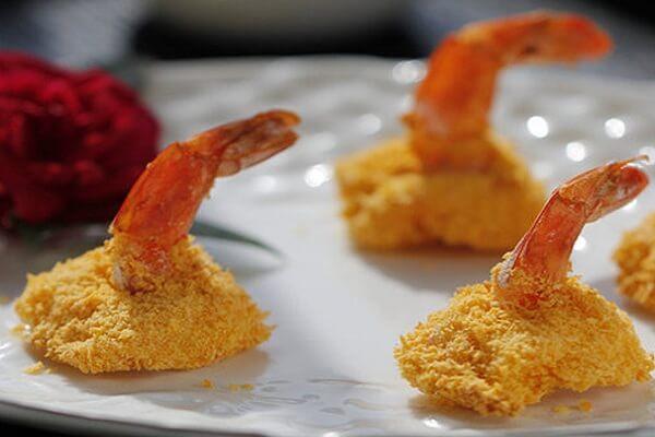 Món 16. Tôm nướng vàng giòn - món ngon với tôm càng xanh