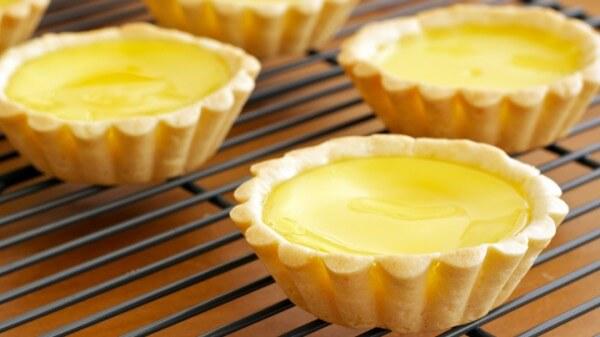 2 cách làm bánh bông lan không bị tanh mùi trứng ngon và đơn giản