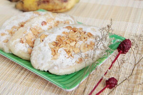 Món kem chuối với lạc và dừa nạo được nhiều người yêu thích – Kem chuối tự làm để được bao lâu