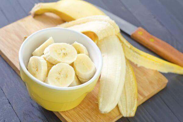 Chuối tây: 5 trái