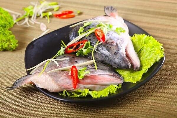 Cách nấu lẩu Thái cá hồi đúng vị Thái đơn giản nhất